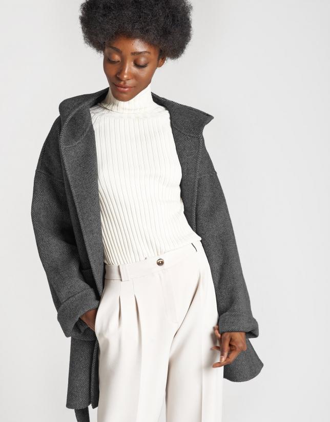 Grey wool short coat