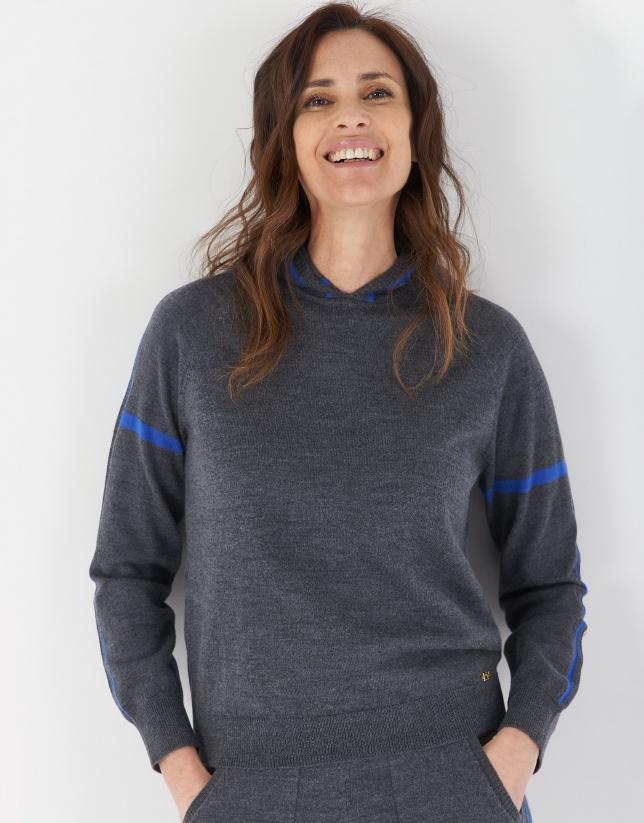 Grey knit sweatshirt