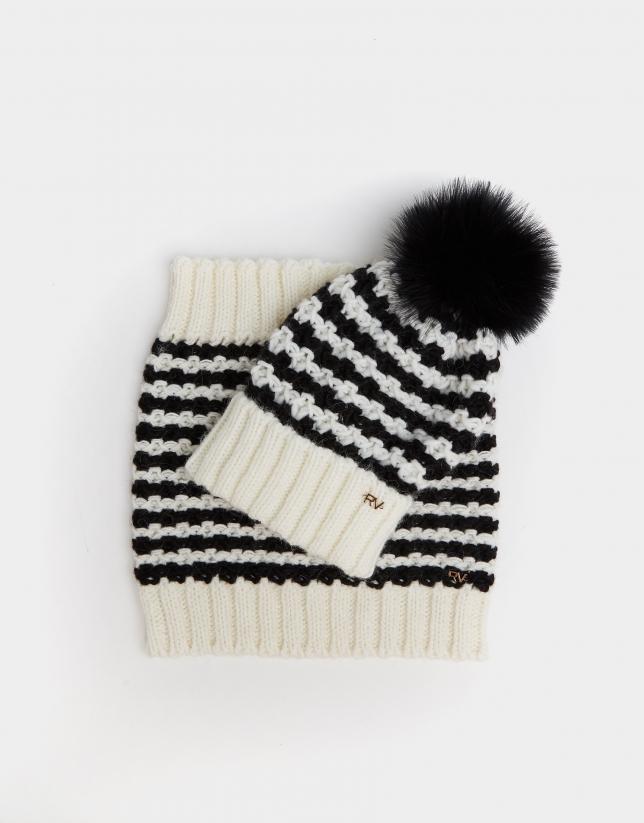 Black and white jacquard tubular scarf