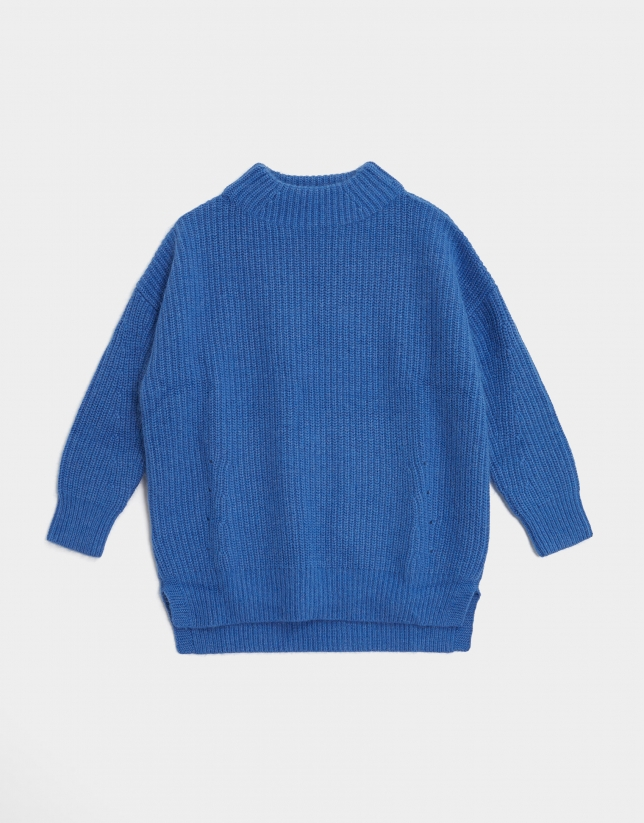 Deep blue oversize thick knit sweater