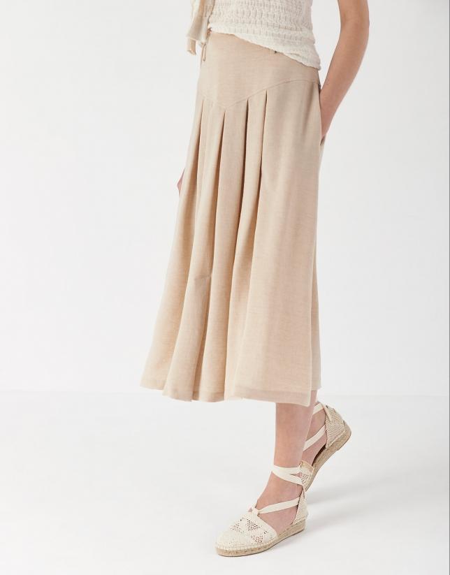 Falda midi con canesú y pliegues color arena