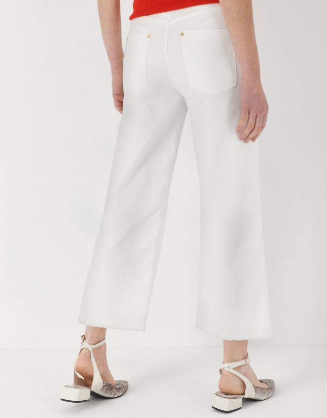 White, bell bottom jeans