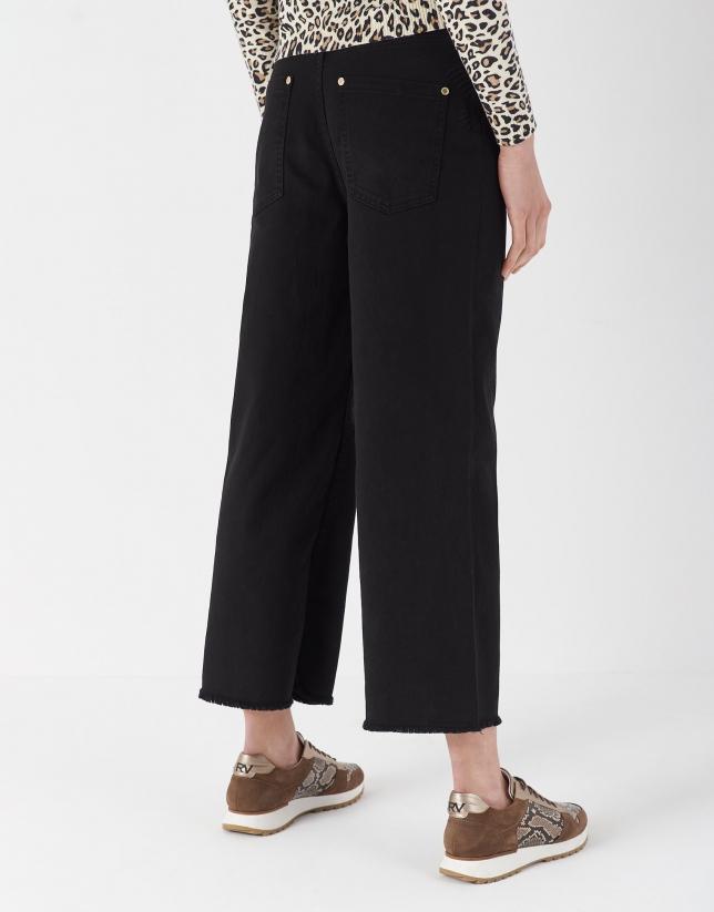 Pantalón vaquero pierna ancha negro