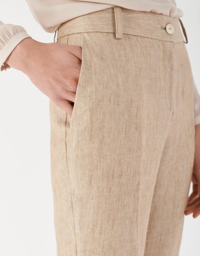 Pantalón con vuelta lino color arena