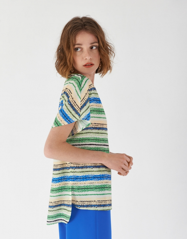Multicolor loose shirt with V neck