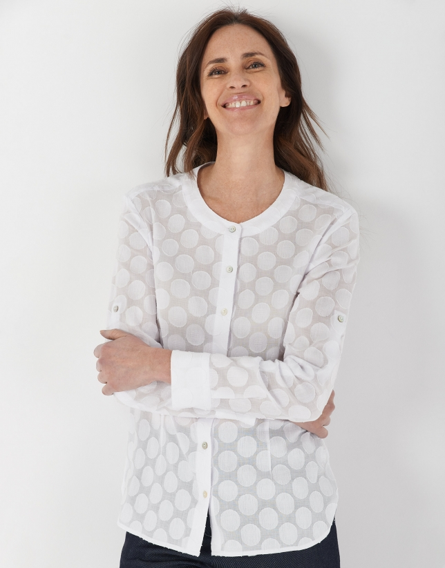 White shirt with Mao collar and matching cirlces