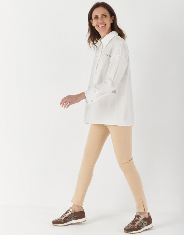 White oversize shirt with lace