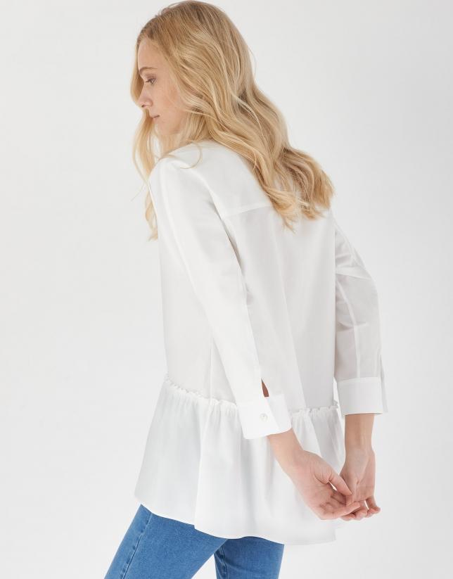 Camisa oversize volante bajo blanca