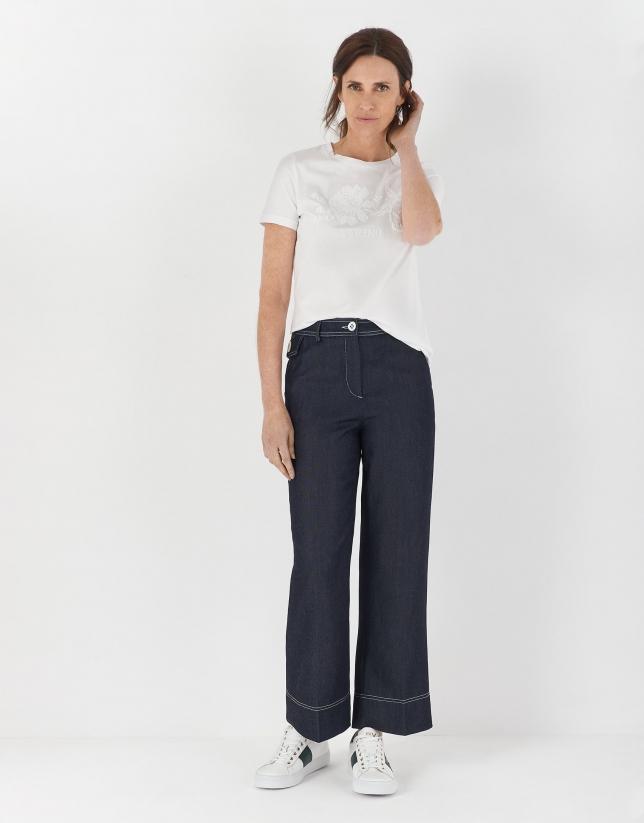 Camiseta manga corta blanca con bordado punto de cruz