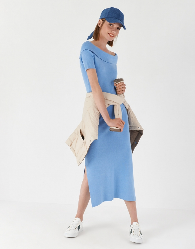 Blue canalé knit dress with boat neck