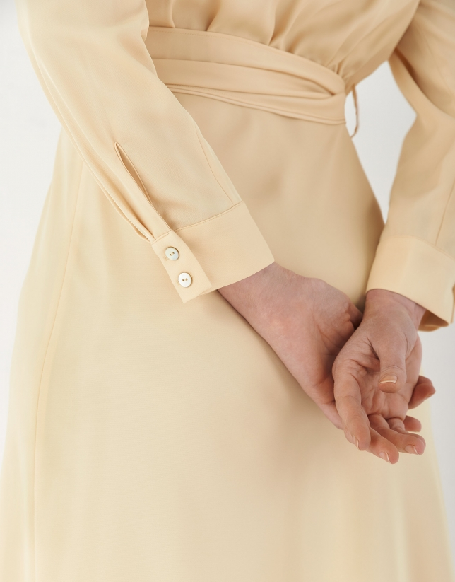 Vestido camisero manga larga vainilla