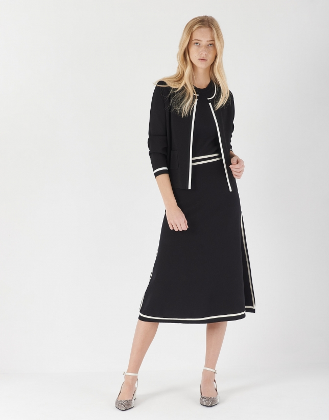 Vestido midi punto negro