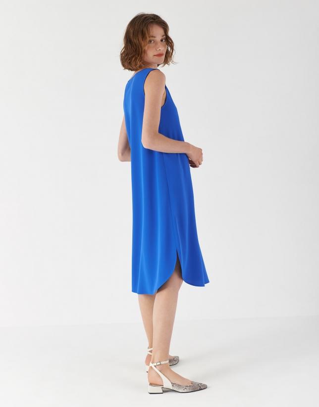 Vestido ajustado escote barco azul