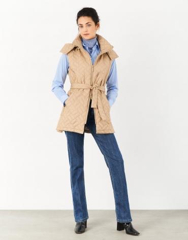 Chaleco acolchado con capucha beige