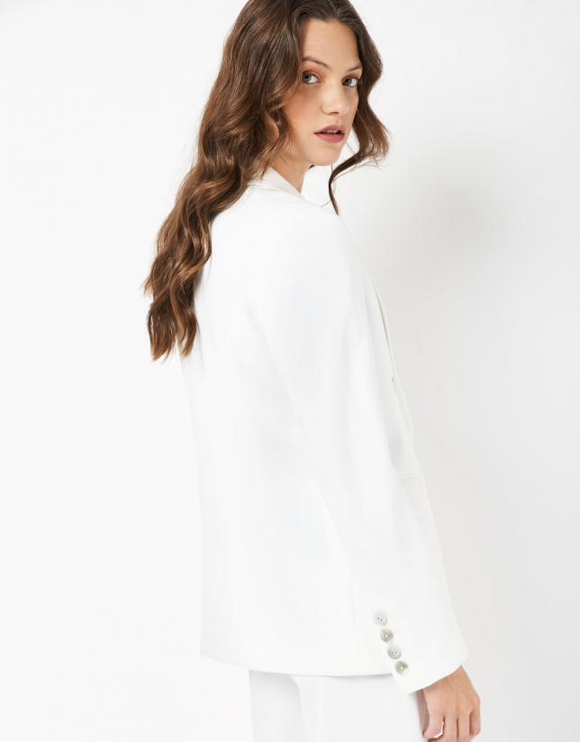White crepe double-breasted blazer