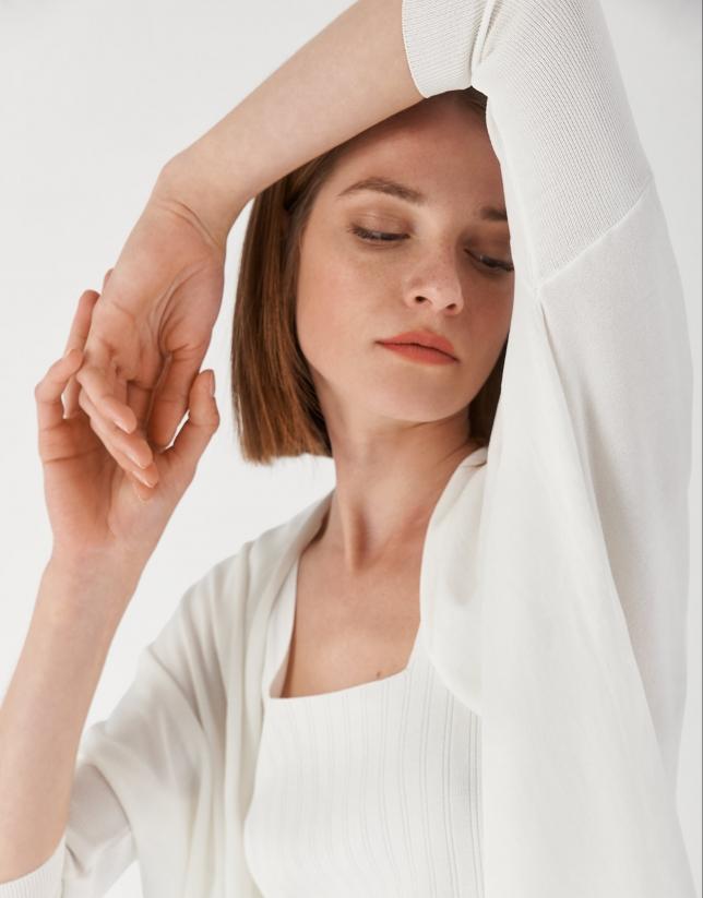 Long white knit jacket