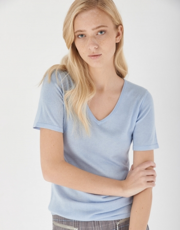 Blue silk and cashmere sweater with short sleeves