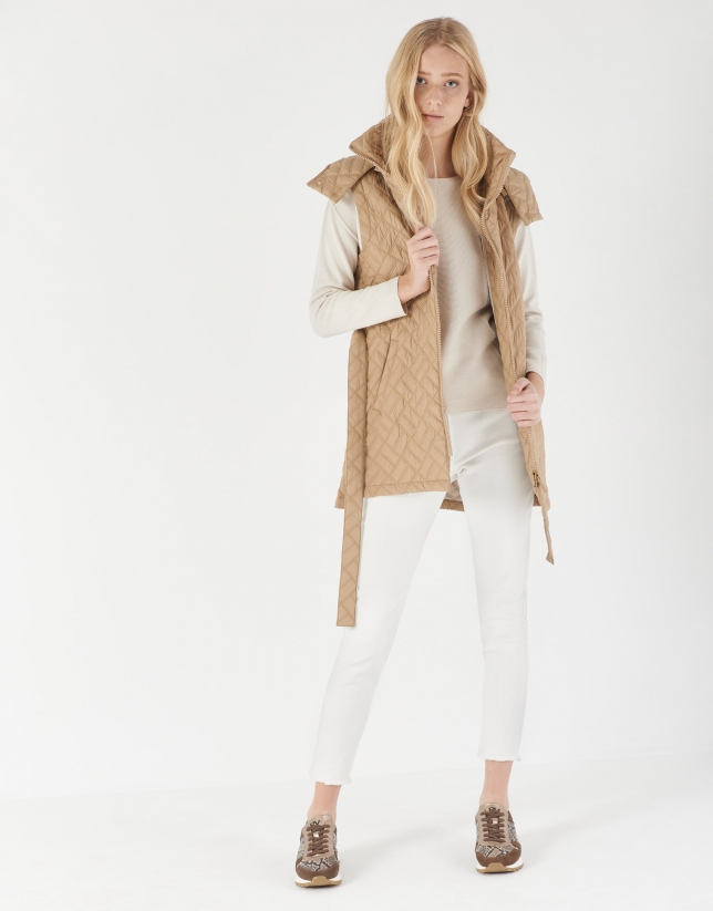 Beige sweater with French sleeves