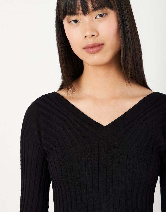 Black canalé sweater with V-neck