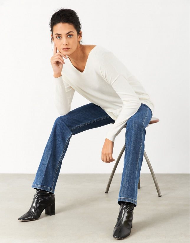 Cream oversize sweater with V-neck