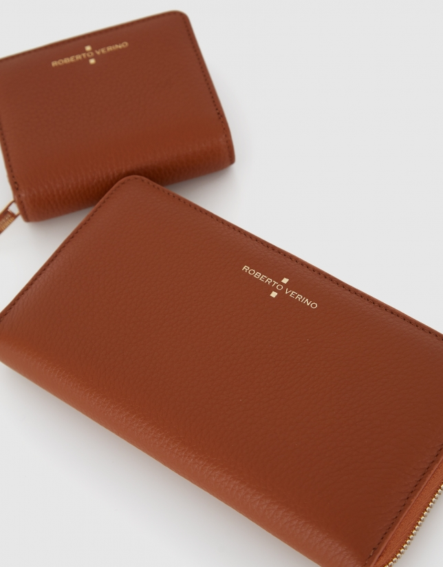 Big tan grainy leather Juliete billfold