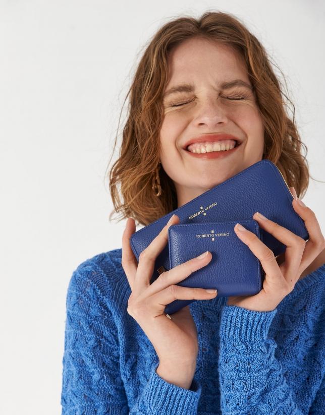 Billetera grande Juliete piel granulada color azul