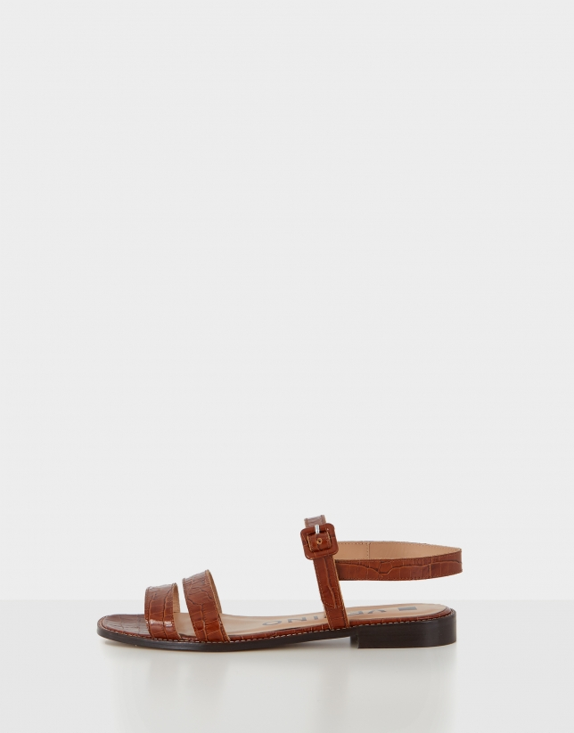 Sandalia plana piel color cuero