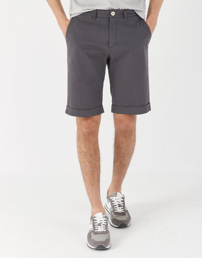 Dyed gray cotton bermudas