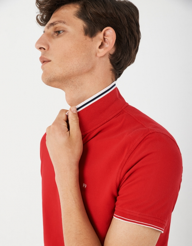 Red pique cotton polo shirt with white outlines