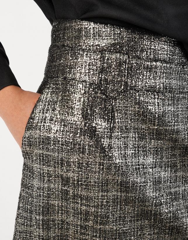 Falda corta brillante plata