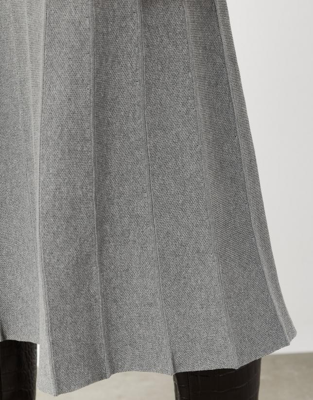 Gray knit midi pleated skirt