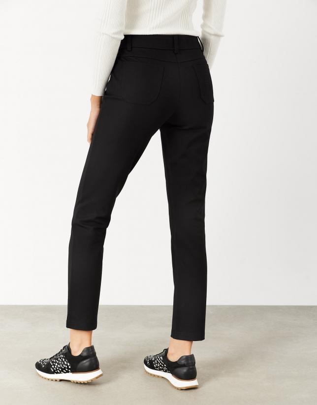 Pantalón punto negro