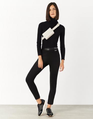 Pantalón legging punto con aberturas negro