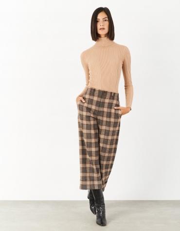 Pantalón cropped cuadros marrón