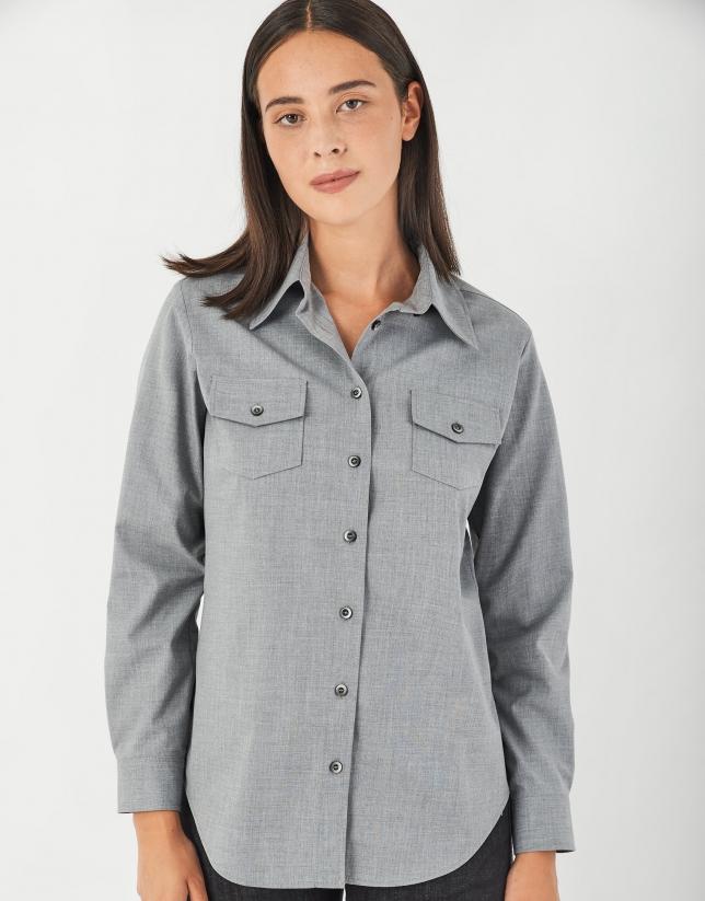 Gray vigoré shirt with chest pockets