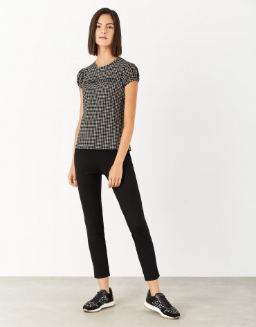 Black dotted top with strass logo