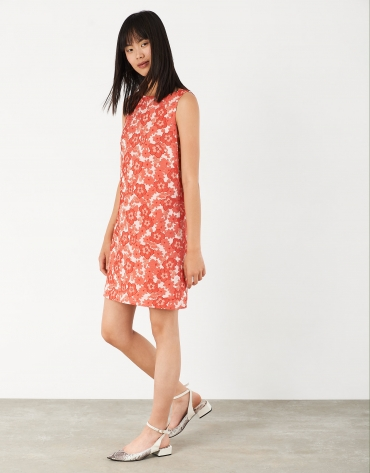 Straight jacquard dress with red flowers