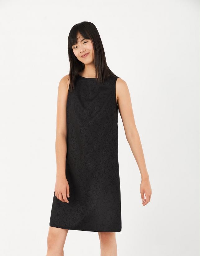 Vestido bajo redondeado jacquard negro