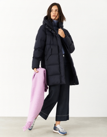 Long navy blue oversize quilted coat