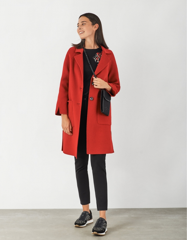 Abrigo con aberturas lana rojo
