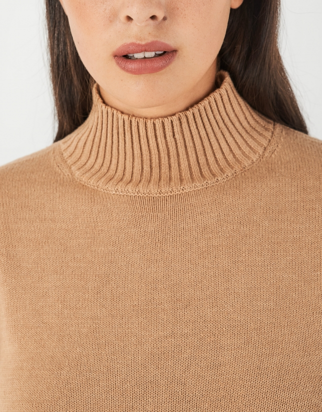Beige sweater with stovepipe collar