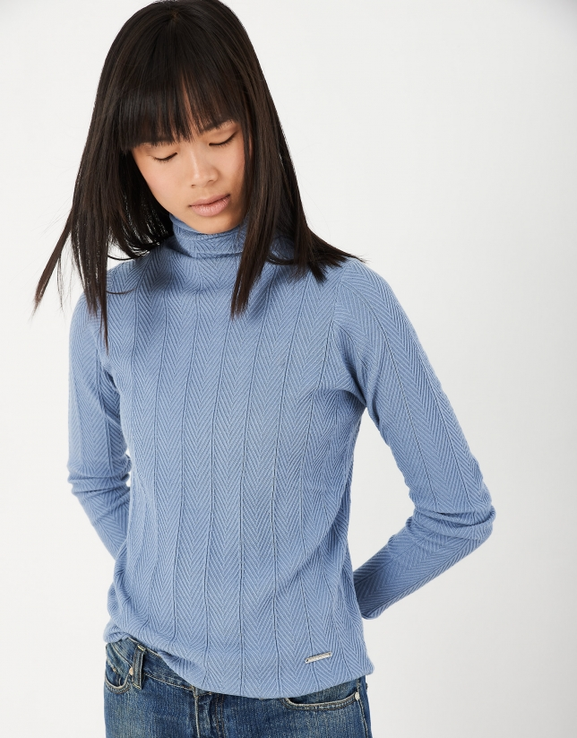 Bliue herringbone sweater with ribbing