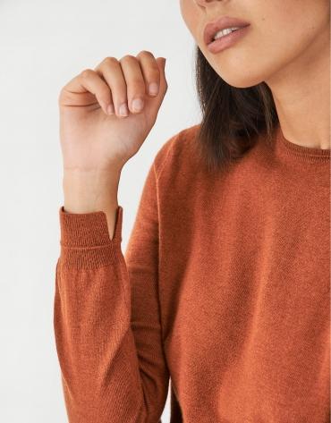 Orange assymetric sweater with fine knit