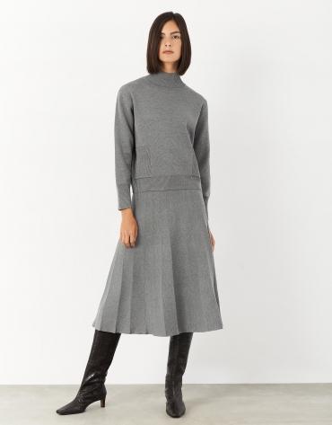 Jersey cuello subido con bolsillos gris