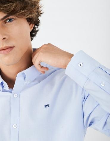 Camisa sport algodón celeste con interior de puños a contraste