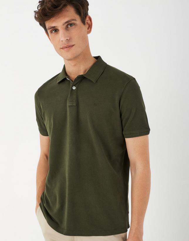 Dyed khaki, short sleeved polo shirt