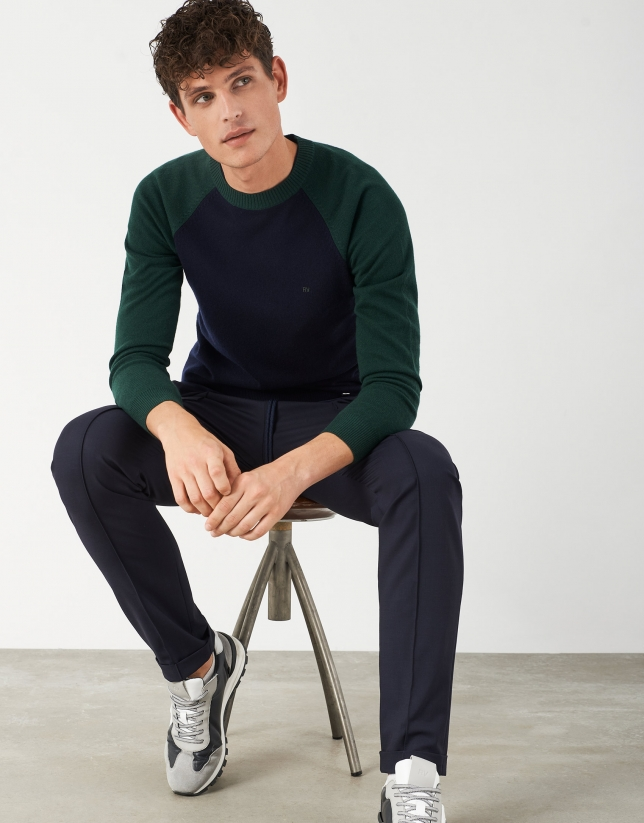 Navy blue and green two-color sweater