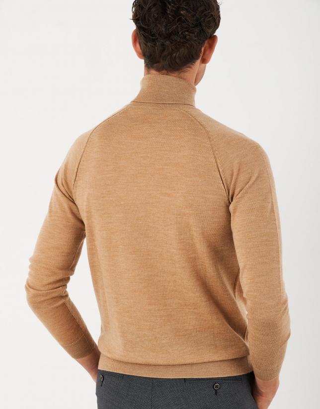 Jersey cuello cisne lana cámel