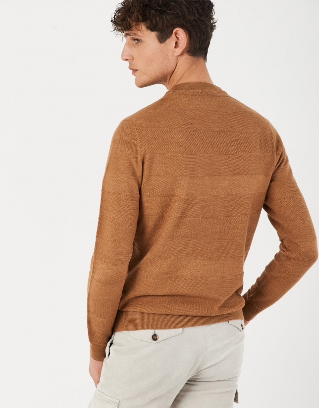 Camel sweater with embossed horizontal design