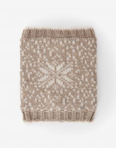 Beige wool alpine scarf collar